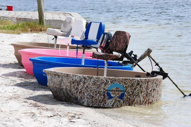 solo_skiff_boats_on_the_beach